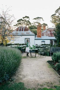 Marnie Hawson, purpose-driven interior, travel and lifestyle photographer — Ewing Farm, Tylden for Country Style magazine Country Style Magazine, Old Cottage, Coastal Farmhouse, Australian Homes, Backyard Landscaping, Backyard Ideas, Outdoor Spaces, Outdoor Living, The Great Outdoors
