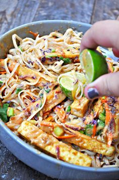 Vegan Orange Peanut Tofu Satay Noodle Salad – Rabbit and Wolves Crispy tofu, veggies and rice noodles tossed with an orange peanut satay dressing. This noodle salad is quick, crazy flavorful, healthy and gluten free! Tofu Recipes, Whole Food Recipes, Cooking Recipes, Healthy Recipes, Recipes Dinner, Veggie Asian Recipes, Cocktail Recipes, Salmon Recipes, Yummy Recipes