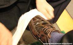 Shoe Shine Columbus  in Haneda Air Port.