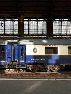 Orient Express Train, Simplon Orient Express, Parvis, Railroad Companies, Hobby Trains, Ticket To Ride, Blue Train, Model Train Layouts, Train Travel