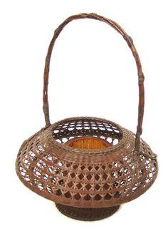 AP06 Vintage Japanese Ikebana Basket | Guillermina