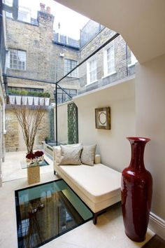 Glass extension with glass panel view to luxury basement conversion Más Interior Design London, Luxury Interior Design, Interior And Exterior, Basement Conversion, Cellar Conversion, Lofts, Glass Extension, Victorian Terrace, Mansions Homes