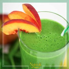¡Refuerza tu salud digestiva!   Licúa 2 manojos de espinacas bebé + 2 tazas de duraznos + 2 cdas. de miel de abeja + 1¼ taza de agua.   Las espinacas son unas de las verduras más nutritivas, te aportan vitaminas y minerales, además junto con el durazno previenen infecciones gastrointestinales, mientras que la miel te provee de energía.   ¡Disfruta de esta deliciosa mezcla de sabor y salud! ¡Da 'me gusta' si te gustaría probarlo!