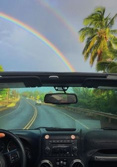 How to Take Good Beach Photos Beach Aesthetic, Summer Aesthetic, Travel Aesthetic, Photo Wall Collage, Picture Wall, Summer Feeling, Summer Vibes, Moving To Hawaii, Hawaii Travel