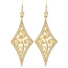 Annie Fensterstock Diamond Shape Earrings (93,150 MXN) ❤ liked on Polyvore featuring jewelry, earrings, accessories, brincos, jewelry earrings, earring jewelry, diamond shaped earrings, yellow gold jewelry, pave diamond earrings and 18k gold jewelry
