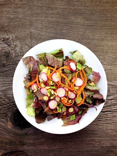 Time for an all #organic #farmersmarket salad with red butter lettuce, Calcot onions, red Daikon, carrots, and pine nuts. Bursting with flavor!  #mealforameal #plantbased #flexitarian #vegan #vegetarian #glutenfree #paleo #eatclean #eatrealfood #healthyeating #Healthy #instafood #food #happy #love #localvore #vegspo