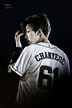 exo, chanyeol, and park chanyeol image Kpop Exo, Exo Chanyeol, Kyungsoo, K Pop, Seoul, Kdrama, Rapper, Kim Minseok, Xiuchen