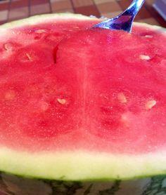 #breakfast #watermelon  #themealplan #themealplanforoptimalhealth #fruitperfection #nofilter #hydration #optimaldigestion #monomeal #sundaymorning #melonmorning #healthy #stayhealthy #type1diabetes #diabetes #diabetesandfruits #FARMacy #fruitlove #fruitarian #plantpowered #hclfrv #lfrv #diabetic#t1d #vegansofig #rawvegan #denisselashley by louvinter