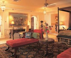 Come with me to discover the cultural life of remote regions of India, and the enchanting Lake Palace hotel in Udaipur. I stayed at the Taj. Suite Room Hotel, Hotel Suites, Beautiful Hotels, Beautiful Interiors, Marble Columns, Romantic Room, Best Hotel Deals, Palace Hotel, Rajasthan India