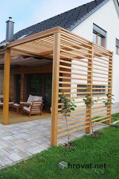 wooden outdoor shade structure for small corner areas Diy Pergola, Outdoor Pergola, Pergola Plans, Pergola Kits, Backyard Patio, Backyard Landscaping, Modern Pergola, Corner Pergola, Pergola Roof