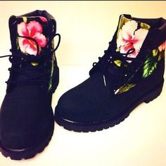 shoes timberlands black timberlands black floral timberlands boots floral pink green timberland black boots please tellme wheretoget tigerprint lovethisshoes airmax nike jumpsuit black flowers simple wedding dresses timberland boots shoes basketball t-shirt tommy hilfiger crop top romper white