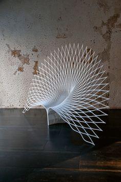Fauteuil Peacock, UUfie, 2013 (Galleria Rossana Orlandi) © Marco Tabasso