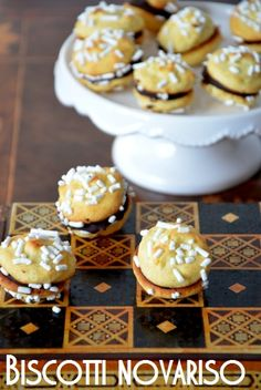Rice cookies with dark chocolate filling - gluten-free (scroll down for recipe in english)