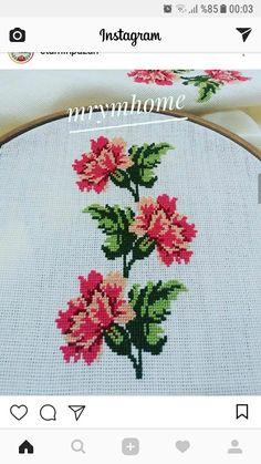 Cross Stitch Embroidery, Cross Stitch Patterns, Ethnic Bag, Cross Stitch Flowers, Carnations, Crochet Motif, Needlework, Projects To Try, Handmade