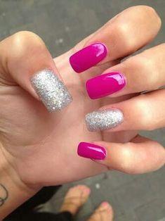 Beautiful Pink Glitter Nail Ideas