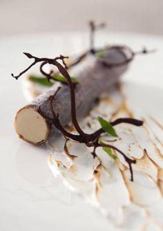 I skoven - birketræis med malt og bagt marengs - Na floresta - birketræis com merengue de malte e cozido