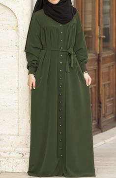 Hijab Style Dress, Modest Fashion Hijab, Casual Hijab Outfit, Abaya Fashion, Fashion Dresses, Islamic Fashion, Muslim Fashion, Habits Musulmans, Mode Kimono