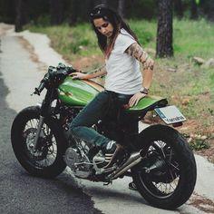 MOTORBLOG — Yamaha XV 750 Café Racer