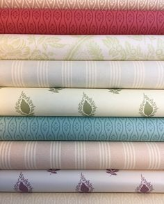 JANUARY 2017 WALLPAPER SALE!! Come along to our showroom 118 Lots Road, London SW10 0RJ. Selected Wallpapers at just £5.00 per roll