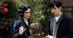'Miss Peregrine's Home for Peculiar Children' Review: Tim Burton Returns: Tim Burton is a wizard of odd. The best of his films take us into a world where anything is possible ... but the impossible is even better. Miss Peregrine's Home for Peculiar Children, based on Ransom Rigg's 2011 young-adult novel, is so crowded with incident that it sometimes seems in danger of imploding. But Burton has always had an affinity for the peculiar. so how couldThis article originally appeared on…