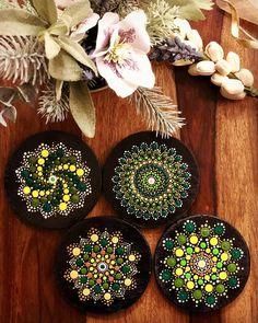Set of 4 coasters in shades of Green 💚 Swipe for closer look ➡️ . DM to order or customise as you like. Mandala Canvas, Mandala Artwork, Mandala Painting, Hanging Canvas, Hanging Art, Mandela Art, Mandala Jewelry, Cd Art, Coaster Design