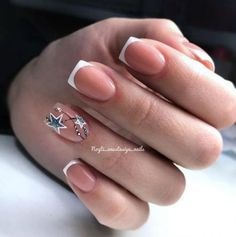 If you are getting ready for the holidays by painting a winter wonderland on your nails, these Cutest Christmas Nail Art DIY Ideas will surely give you a cheerful Christmas season this year. French Nails, French Pedicure, Pedicure Nail Art, Nail Art Diy, Pedicure Ideas, French Toes, Square Nail Designs, French Nail Designs, Short Nail Designs