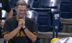 The Moment This Dad Broke Down At His Son's MLB Debut Is Tear-Inducing | Huffington Post