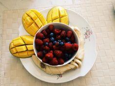 Mango frutti rossi e banane yummi!