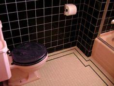 http://createandsmile.files.wordpress.com/2009/10/bathroom-eh-imagination-yes.jpg?w=350&h=279
