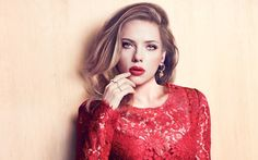 Scarlett Johansson, probably the hottest girl of Hollywood has some secrets! Let's hunt interesting facts about Scarlett Johansson which you might not be knowing! Scarlett Johansson, Gwyneth Paltrow, Hollywood Celebrities, Hollywood Actresses, Female Celebrities, Hot Actresses, Beautiful Actresses, Marie Claire, Gisele Bündchen
