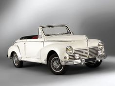 1951-56 Peugeot 203 Cabrio Maintenance/restoration of old/vintage vehicles: the material for new cogs/casters/gears/pads could be cast polyamide which I (Cast polyamide) can produce. My contact: tatjana.alic@windowslive.com