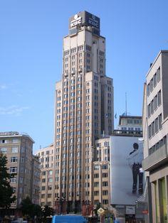 Boerentoren antwerp 1932, 26 floors Emiel van Averbeke Jan R. Van Hoenacker and Jos Smolderen