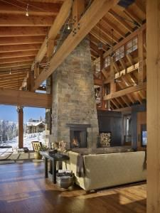 trendsideas.com:Winter wonderland – alpine home by Barry Gehl