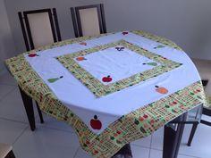 Toalha com cobre manchas de patchwork com frutas