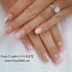 # #pinkmood # #네일 #메니큐어 #네일아트 #네일디자인 #핑크빛 #이쁘다 #네일스타그램 #속눈썹연장 #여우속눈썹 #토론토 #nail #manicure #shellac #nailart #naildesign #somethingaboutpink #cute #nailstargram #eyelashextension #foxyilash #toronto