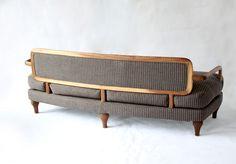 LUI XXI, sofa, walnut + linen cover.