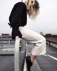 m File #streetstyle #minimal #fashion www.redreidinghood.com