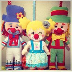 Instagram photo by @encontrandoideias (Encontrando Ideias) | Iconosquare Felt Dolls, Tutorial, Princess Peach, Baby Shower, Diy Crafts, Bird, Disney, Party, Handmade