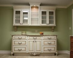 built in china cabinets and buffets | Nice built-in buffet and china display cabinet (would want them to be ...