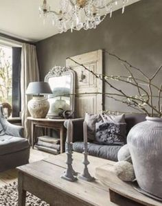 Interior design inspiration: living room with lots of cool decorations Decor, Room, Rooms Home Decor, Home Decor, Living Room Interior, House Interior, Living Decor, Home And Living, Cozy Living Rooms