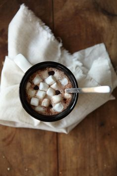 Hot cocoa & marshmallows