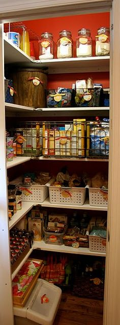 I need to organize out pantry.