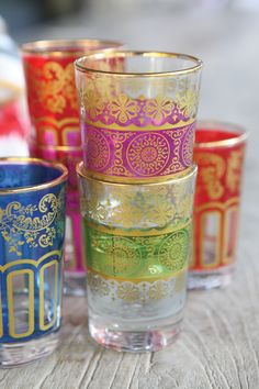 Love the vibrant colours of Moroccan tea glasses Moroccan Party, Moroccan Decor, Moroccan Style, Bohemian Party Decorations, Bohemian Decor, Tea Glasses, Vintage Glassware, Tea Party, Tea Cups