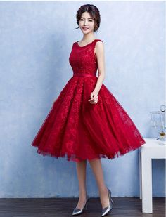1950s Vintage Inspired Sweetheart Lace Prom Wedding Evening Dress