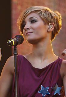 Frankie Sandford Hair Styles -