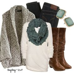 Fall fashion trends- jeans accented with bulky turquoise scarf and earrings for a pop of color.