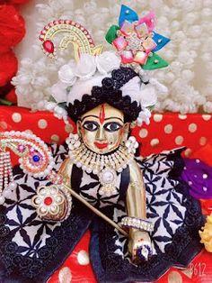 Cute Krishna, Krishna Radha, Lord Krishna, Light Photography, Portrait Photography, Janmashtami Decoration, Laddu Gopal Dresses, Bal Gopal, Radha Krishna Quotes