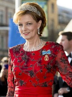 Crown Princess Margareta of Romania wearing the Romanian Greek Key Tiara; interestingly, this is the only tiara still in the possession of the Romanian Royal Family. Royal Crowns, Royal Tiaras, Royal Jewels, Crown Jewels, Wallis Simpson, Casa Real, Grace Kelly, Michael I Of Romania, Romanian Royal Family