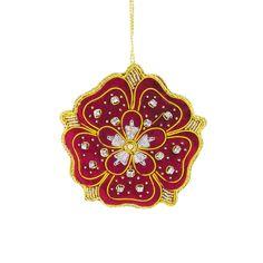 Royal Christmas, Christmas Ornaments To Make, Christmas Ideas, Felt Decorations, Christmas Tree Decorations, Diy Embroidery Flowers, Famous Historical Figures, Tudor Rose, Rose Trees