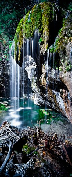 Hanging Lake near Glenwood Springs http://beautifulvacationspots.com